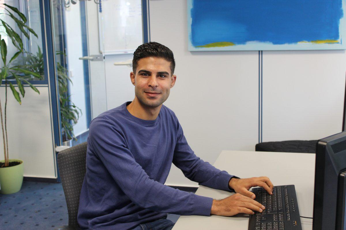 Von Syrien nach Sassenberg: Flüchtling Ayman Aljaseem wird Fachinformatiker für Anwendungsentwicklung